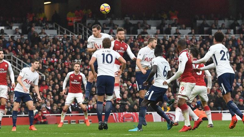 Arsenal bate Tottenham (2-0) no dérbi do norte de Londres