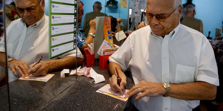 Euromilhões: 'Jackpot' de 174 milhões calhou a dois apostadores. Em Portugal saíram dois terceiros prémios