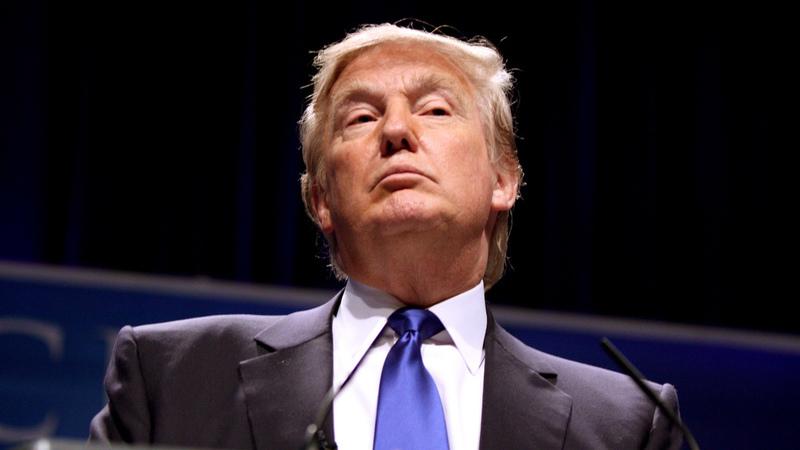"""Trump """"afrouxa"""" restrições na realização de ciberataques pelos EUA"""