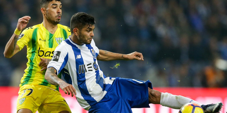 Corona quer ser campeão pelo FC Porto antes de pensar no Mundial