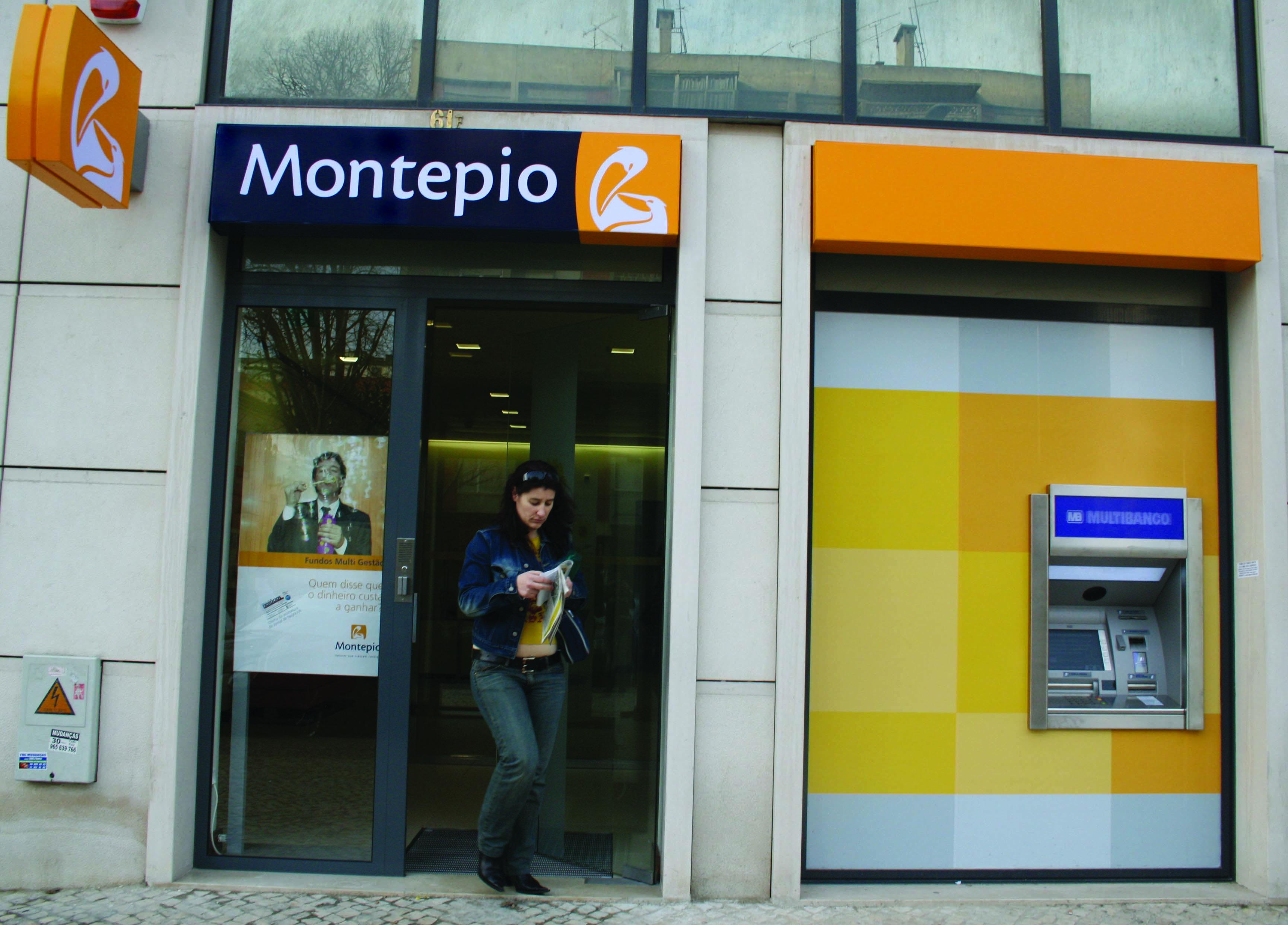 CDS-PP admite iniciativa para que parlamento trave operação Santa Casa/Montepio