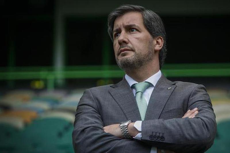 """Bruno de Carvalho elogia o """"dia em grande"""" do Sporting"""