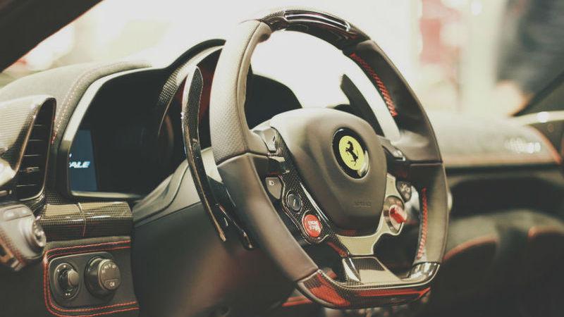 Ferrari de Donald Trump vai a leilão