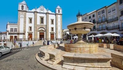 Évora: a Cidade-Museu com vocação universitária