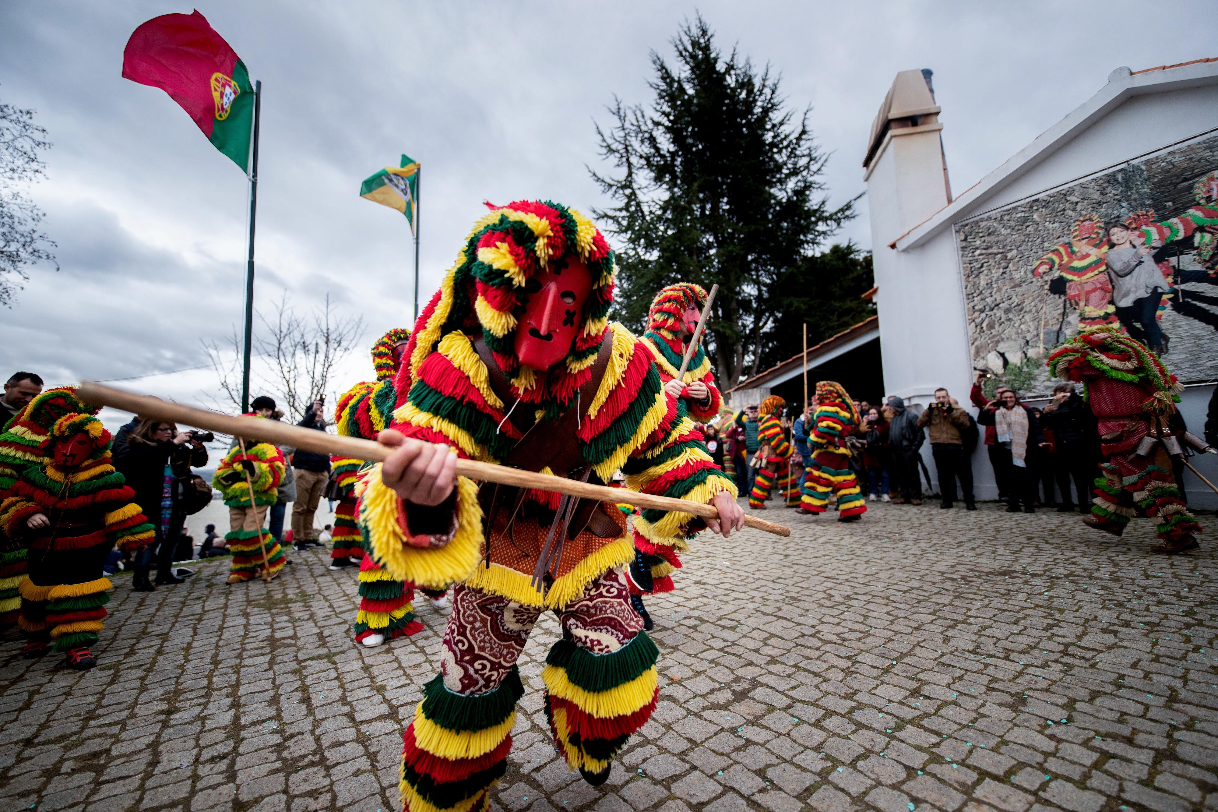 Macedo de Cavaleiros: Para ver a festa dos caretos e uma das Sete Maravilhas Naturais de Portugal