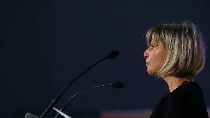 """Verdade ou mentira: Ministra da Saúde é a """"obreira"""" de uma """"burla"""" com as listas de espera para consultas e cirurgias nos hospitais?"""