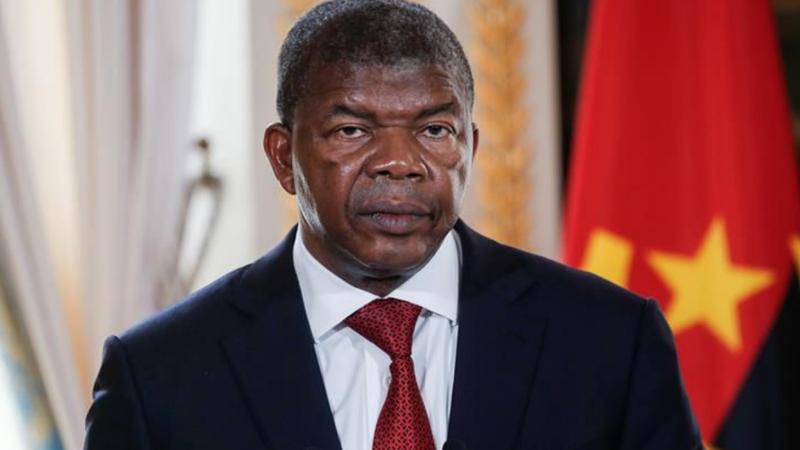 """Dívida externa angolana financiou """"enriquecimento ilícito de uma elite"""", diz João Lourenço"""