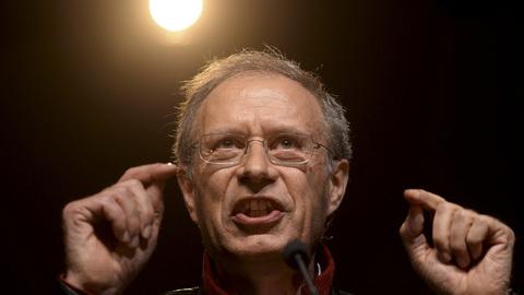 """Francisco Louçã: """"A União Europeia é um projeto falhado"""""""
