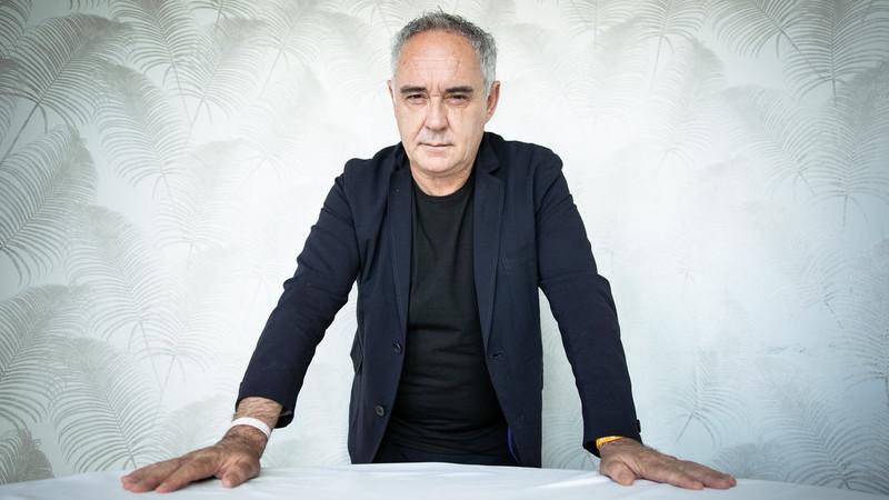 """Ferran Adrià está em Lisboa e, em entrevista à VISÃO, diz: """"Os produtos portugueses são iguais aos melhores do mundo"""""""