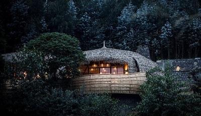 Ruanda: Casas na árvore de luxo para os amantes da natureza selvagem