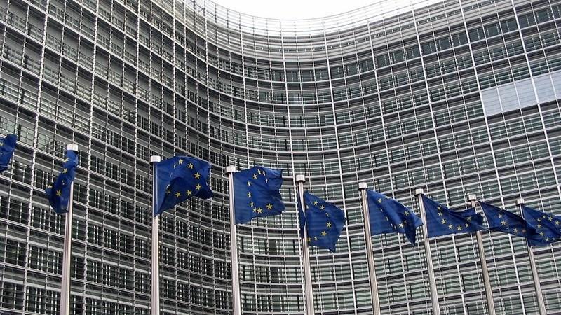 Bruxelas aumenta o auxílio nacional aos agricultores até 25 mil euros