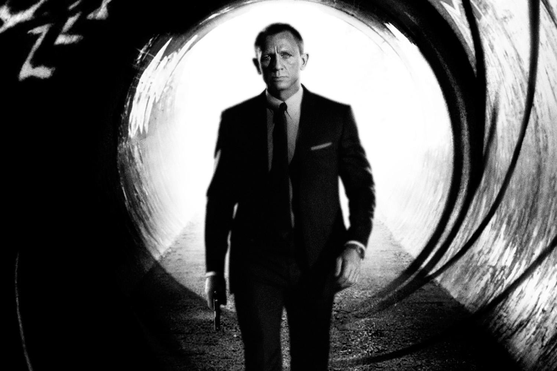 007: Aston Martin de Daniel Craig leiloado por 380 mil euros