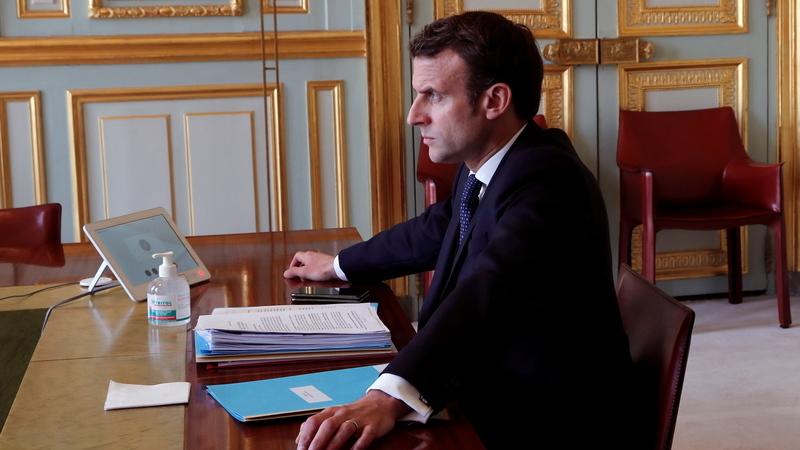 Crise não será superada sem uma forte solidariedade europeia, diz Macron