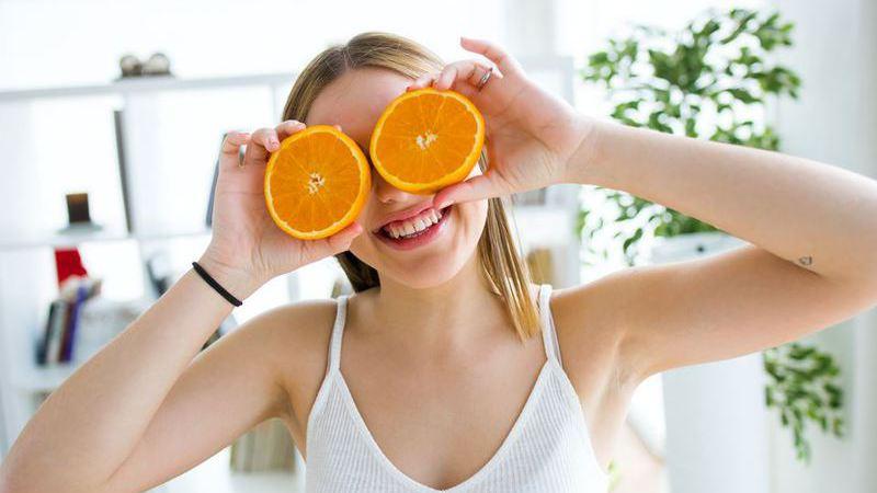 As novas recomendações saudáveis: não beber a fruta, dar 10 mil passos por dia e manter uma atitude de gratidão