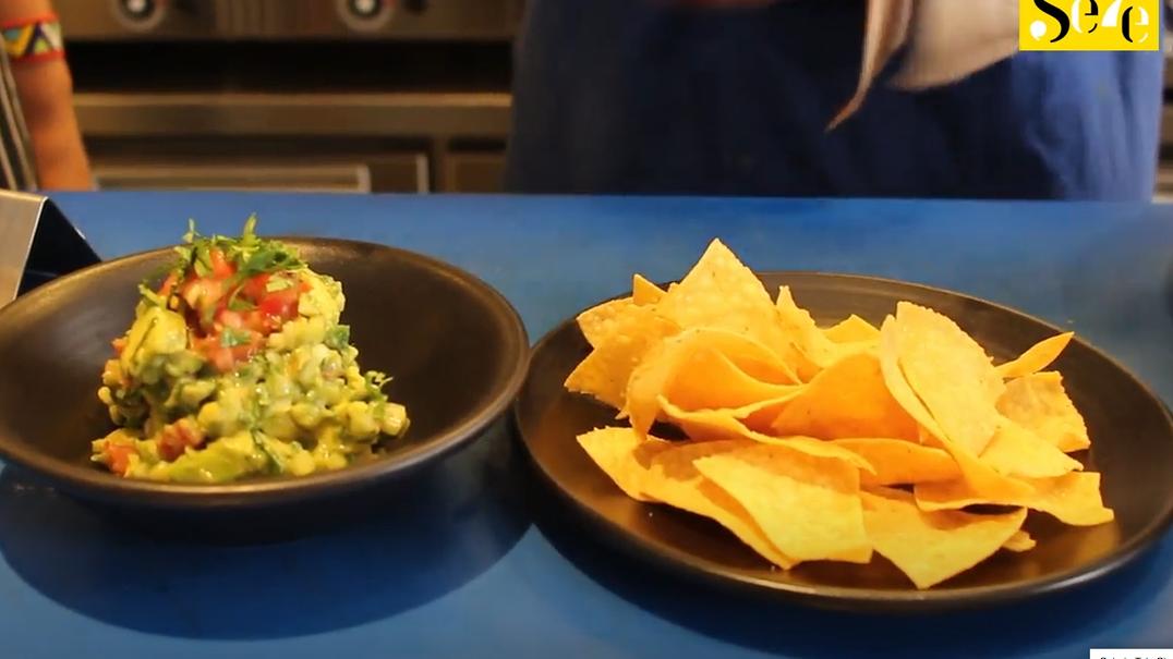 Quer aprender a fazer guacamole e tortilhas de milho? Siga esta aula do Coyo Taco