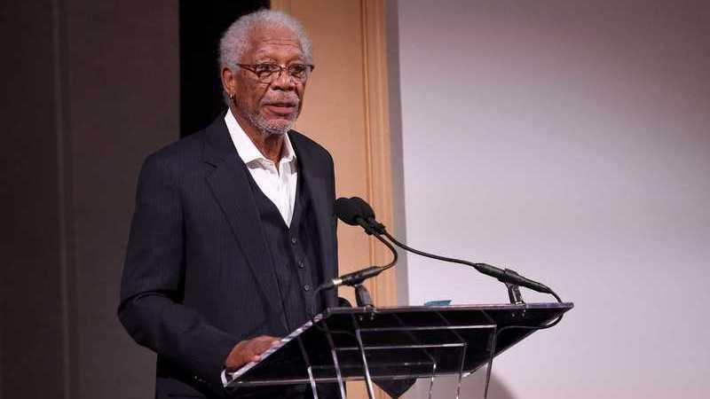 Escândalos sexuais: Morgan Freeman reage a acusações de assédio