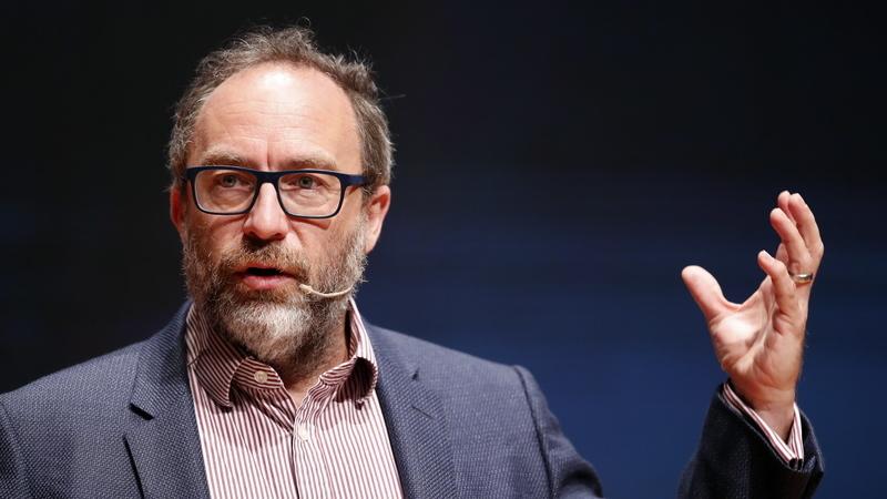 """Jimmy Wales, cofundador da Wikipedia, quer fazer frente ao Facebook (e pelo caminho combater o """"disparate"""" do clickbait). Conheça a WT:Social"""