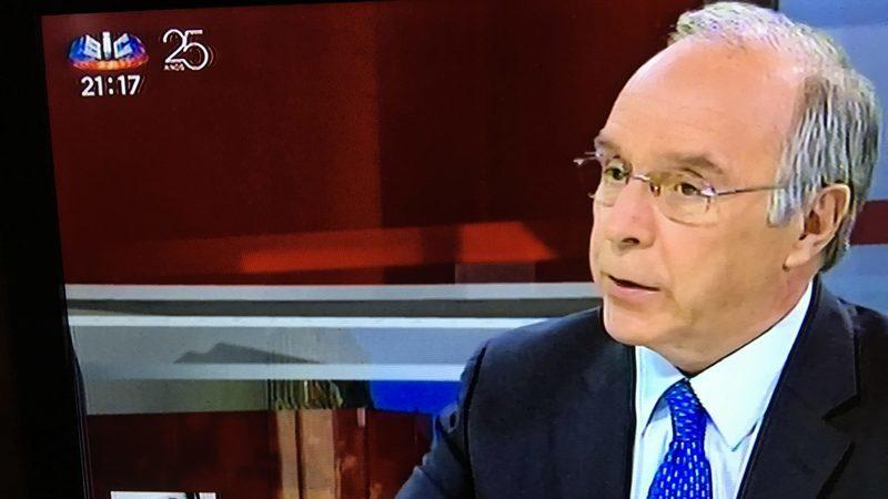 Marques Mendes revela que Governo prepara nova descida de IRS em 2019
