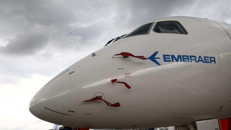 """Embraer """"namora"""" TAAG para compra de aviões com asas portuguesas"""