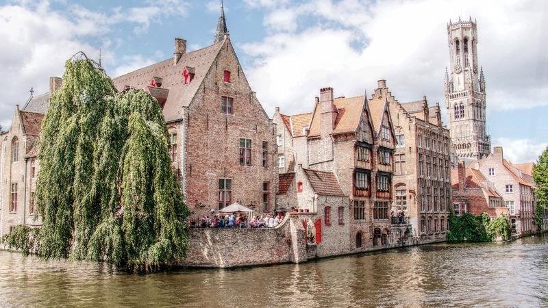 """Roteiro Brugge: um dia para explorar a charmosa """"Veneza do Norte"""""""