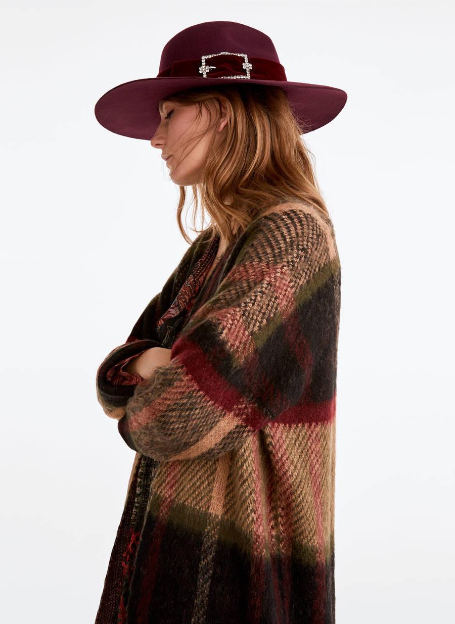 12 chapéus e boinas para manter o cabelo no lugar em dias de vento
