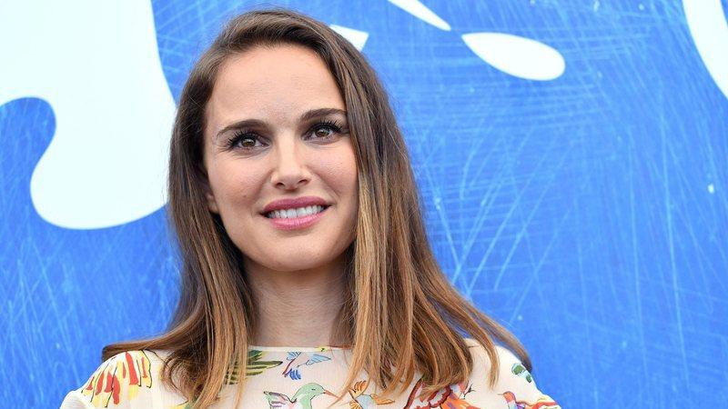 Natalie Portman cancela presença nos Óscares devido a gravidez