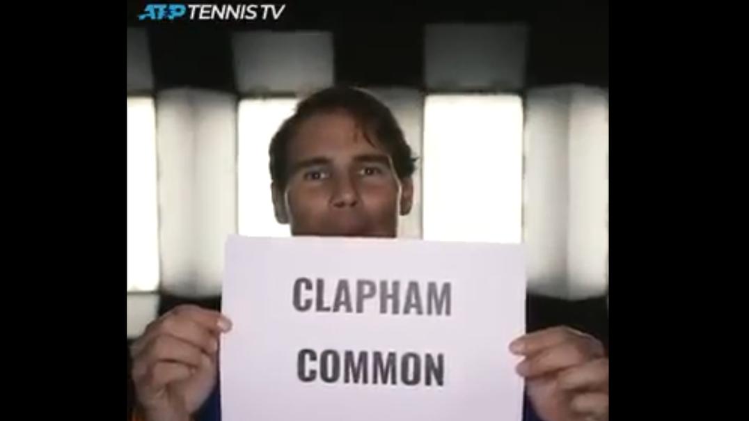 Tenistas do ATP falam inglês. Parece fácil, mas...