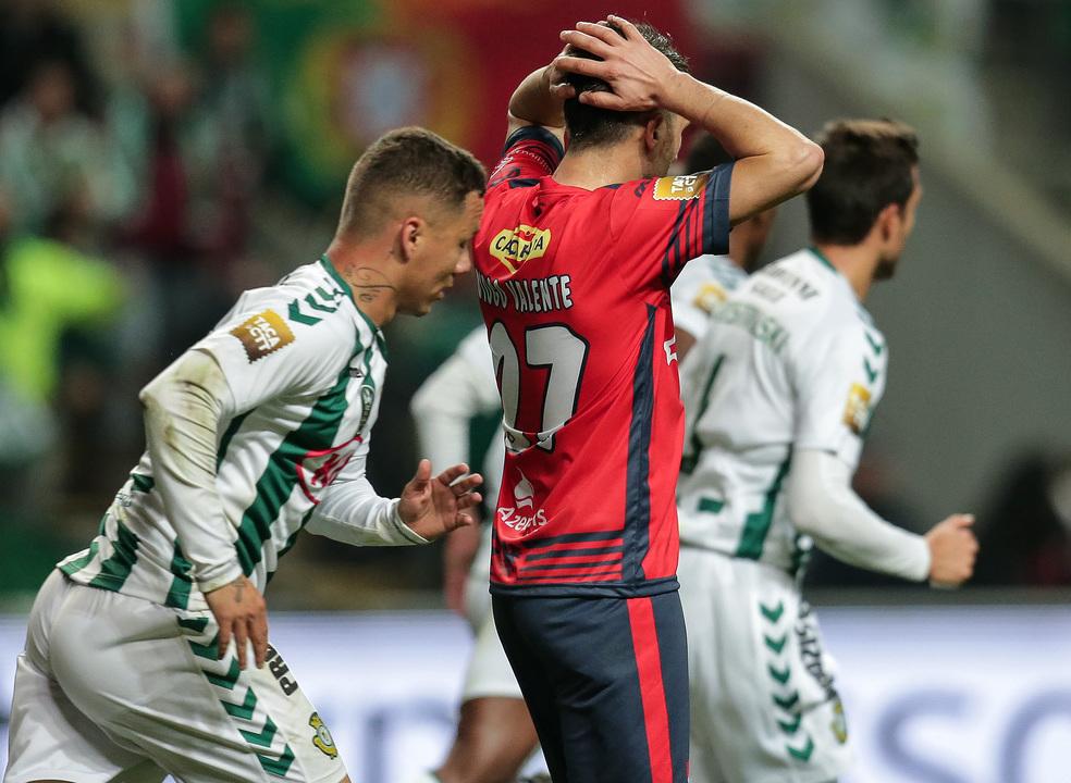 Vitória é o primeiro finalista da Taça da Liga e fica a aguardar por Sporting ou FC Porto