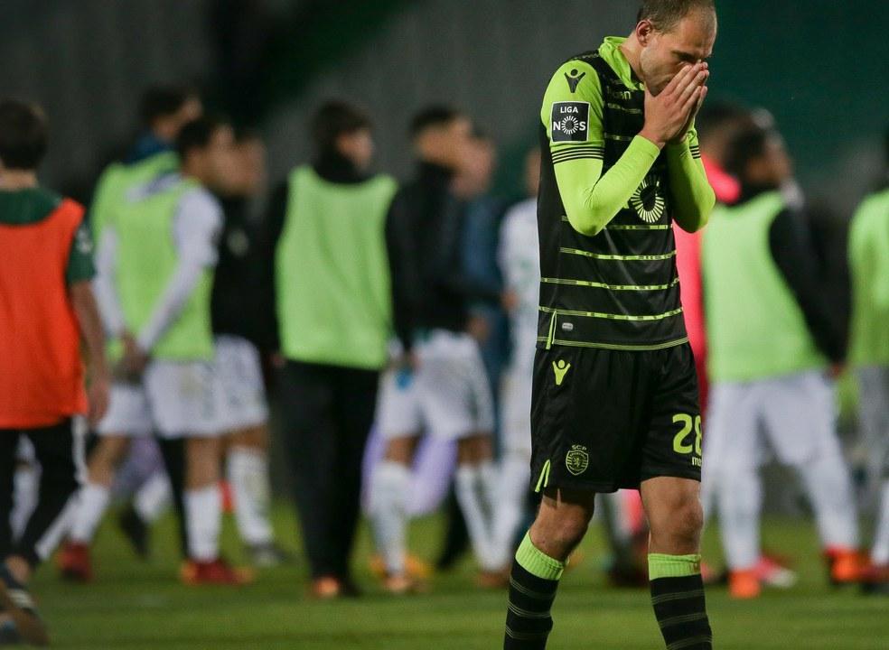 Festival de desperdício penalizou o Sporting que viu o FC Porto escapar na liderança