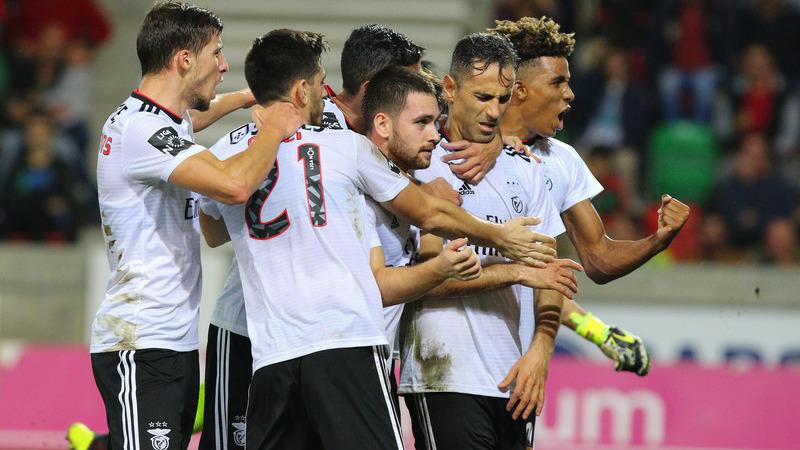 Marítimo 0-1 Benfica: Jonas foi o 'druida' anti-crise no 'caldeirão' dos Barreiros