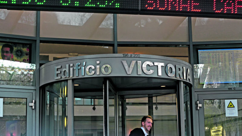 NOS e Sonae Capital lideram na abertura da Bolsa de Lisboa