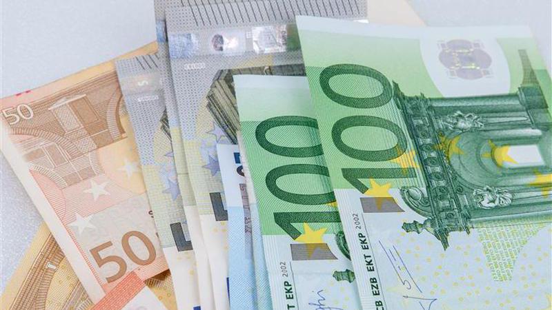 Coimbra: Arrumador de carros encontrou sete mil euros… e devolveu-os