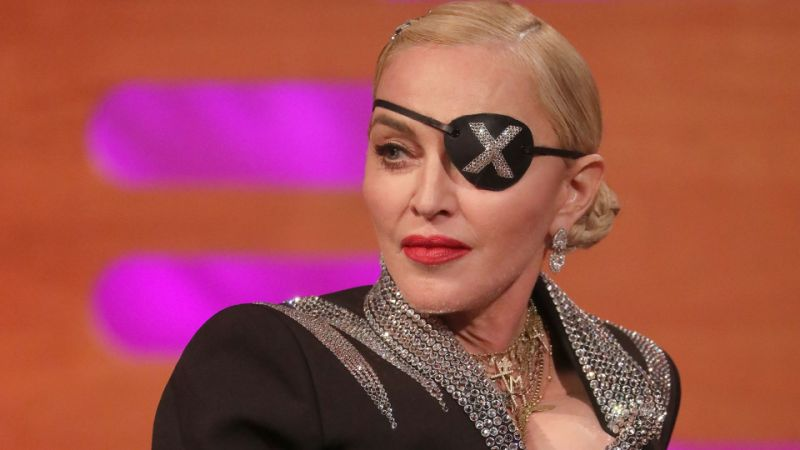 """Malcriada e ridícula"": apresentador Piers Morgan volta a criticar Madonna"