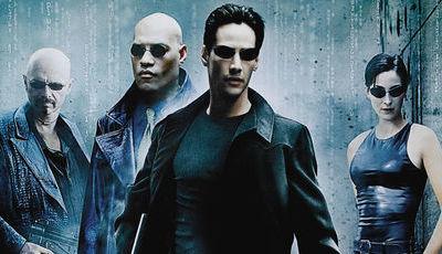 """Há um novo """"Matrix"""" a caminho do cinema. Keanu Reeves e Carrie-Anne Moss já têm regresso confirmado"""