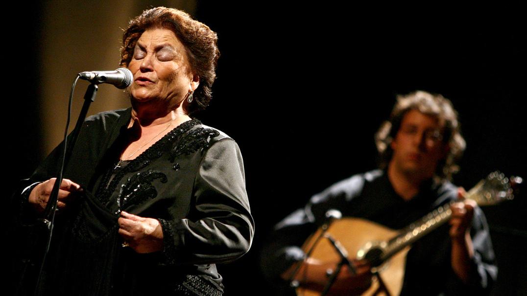 """Morreu Argentina Santos, a rainha do """"fado castiço"""""""