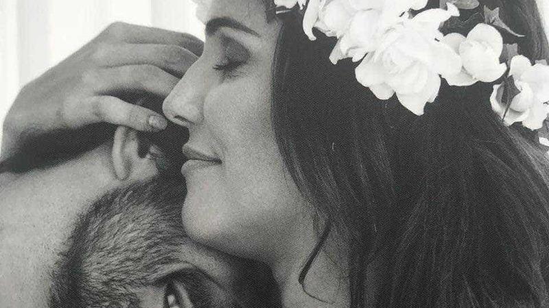Deborah Secco assinala aniversário de casamento com carinhosa mensagem