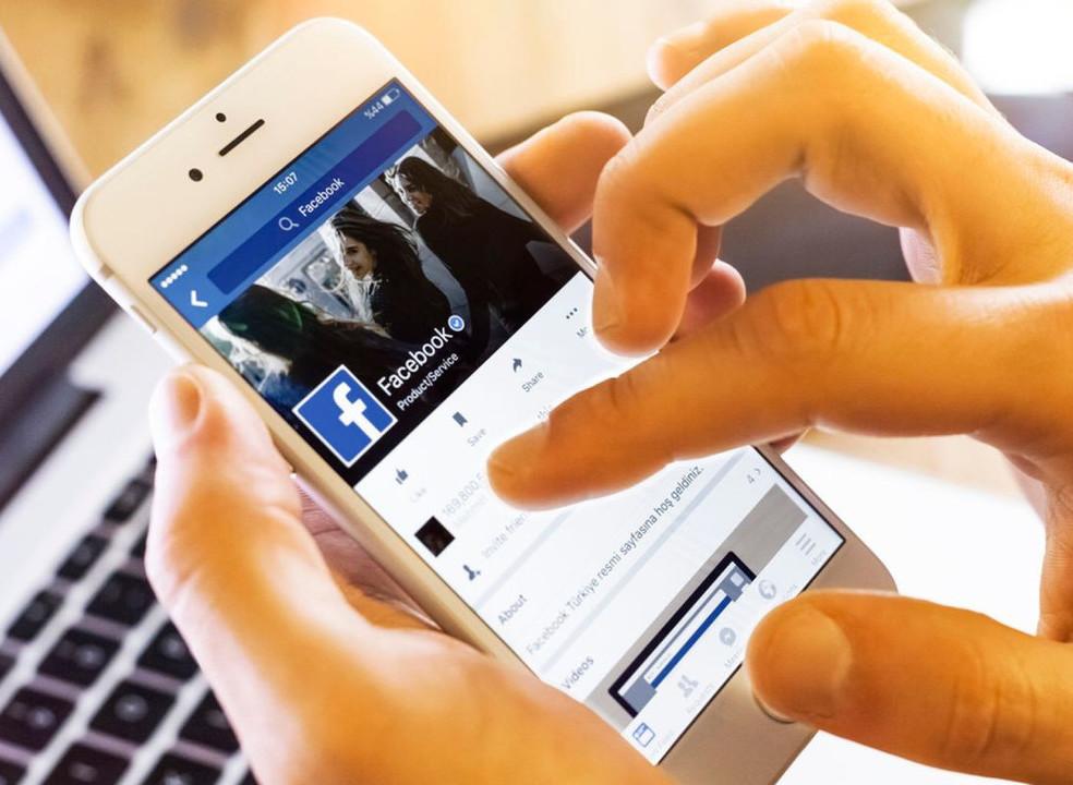 """Facebook passa a aceitar fotografias íntimas para impedir """"pornografia de vingança"""" em mais países"""