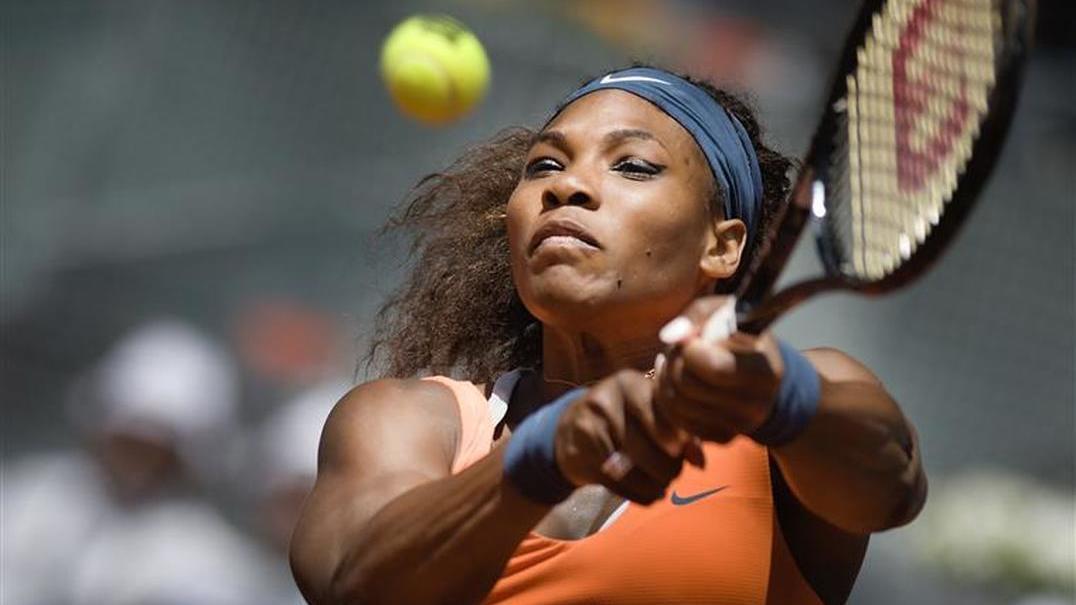 Serena Williams  foi desafiada por quatro homens resultado só podia ser este