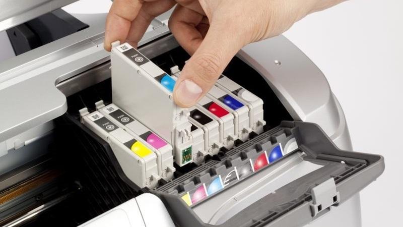 Agora é a Epson a bloquear a utilização de tinteiros não oficiais nas suas impressoras