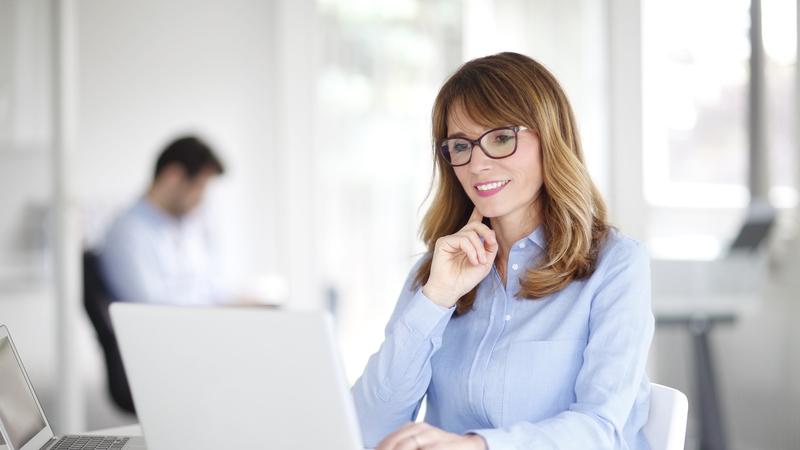 Procurar emprego depois dos 50 anos. 6 dicas úteis que o vão conseguir ajudar a encontrar trabalho