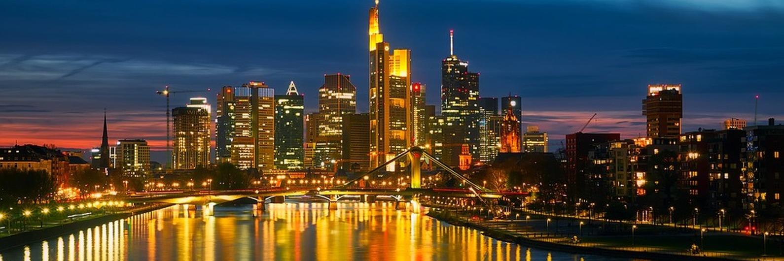 Amantes de arte, Frankfurt chama por vós