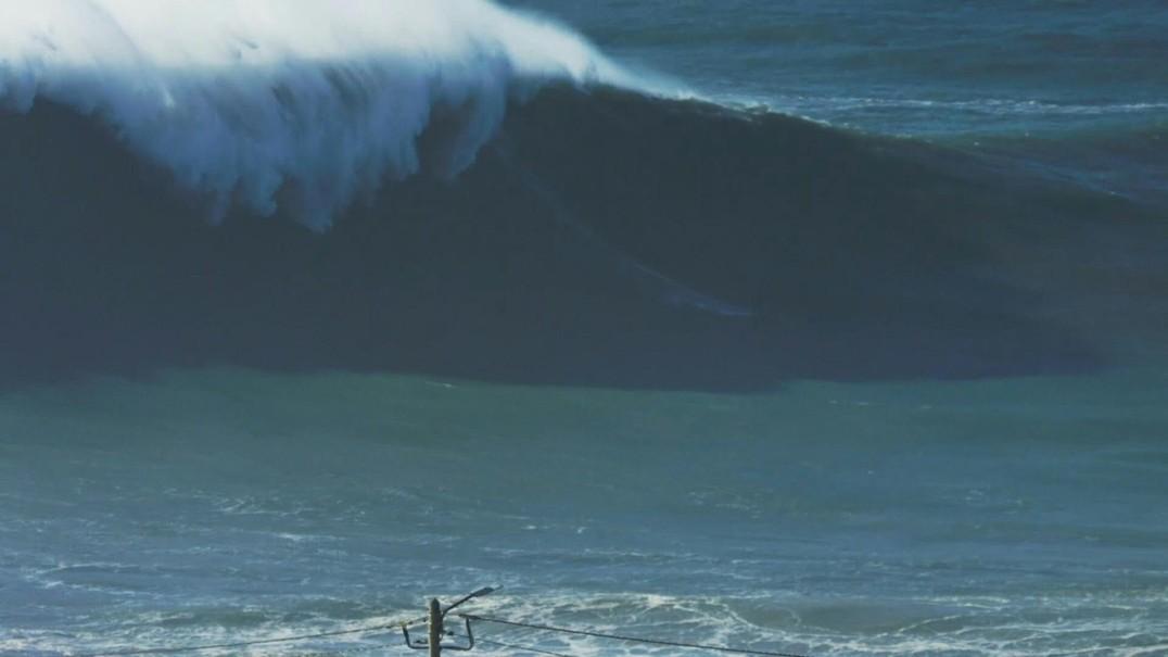 Surfista francesa poderá ter conseguido um recorde mundial na Nazaré