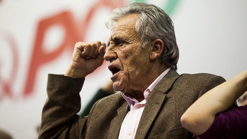 Jerónimo quer reformas por inteiro para trabalhadores com 40 anos de descontos