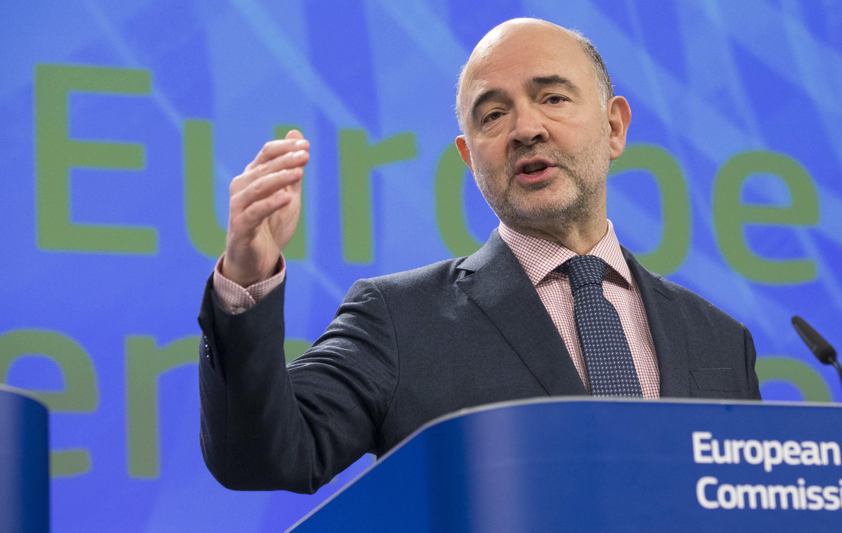 """Portugal vai sair """"em breve"""" do procedimento por défice excessivo, diz Pierre Moscovici"""