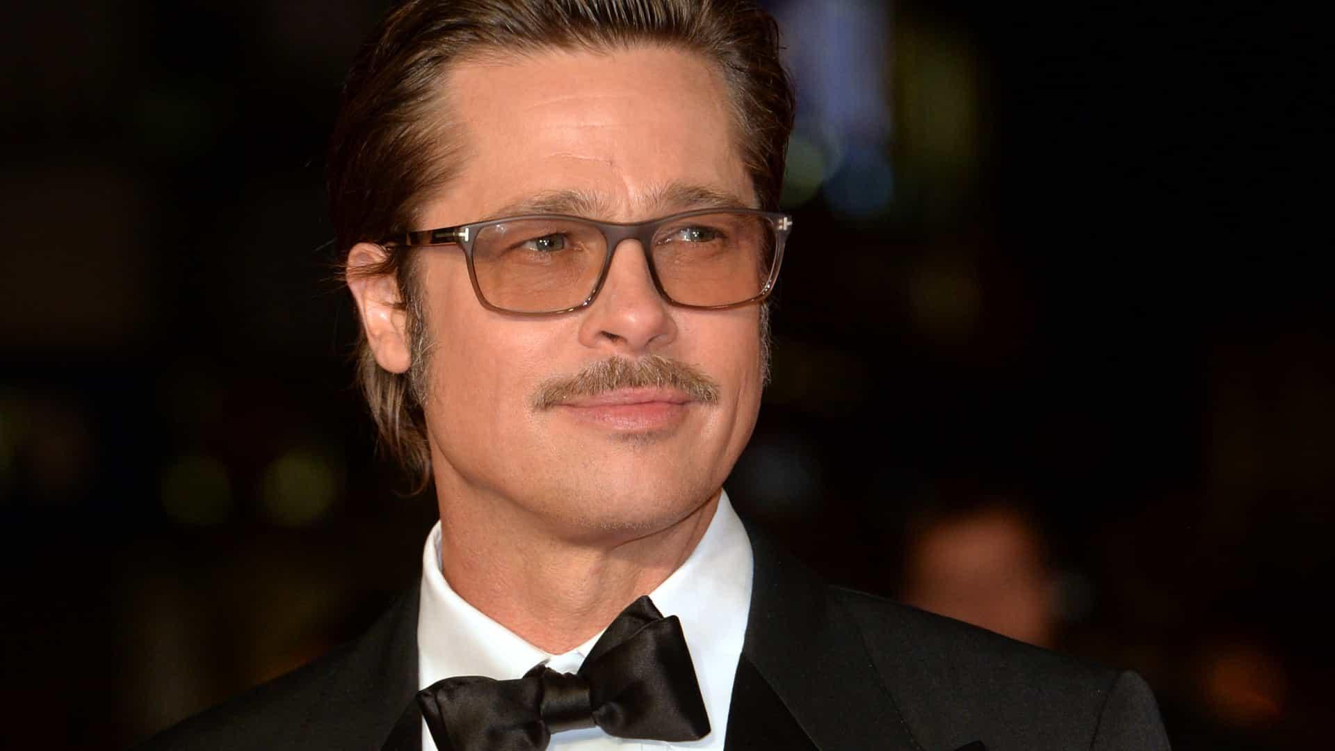 """Vício de Brad Pitt em tabaco deixa filhos """"enlouquecidos"""""""