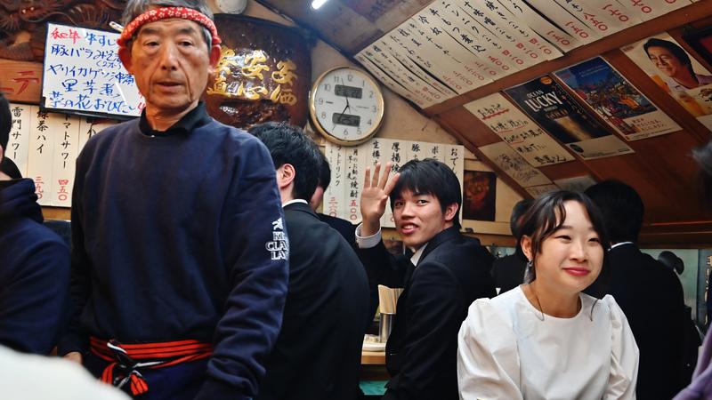 Tóquio sem filtros: série de fotografias mostra retratos do quotidiano na capital japonesa