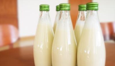 Os 10 benefícios do leite para a saúde (segundo uma nutricionista)