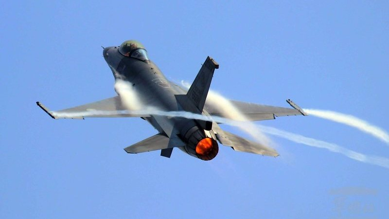 """EUA alertam que China está """"provavelmente"""" a treinar para atacar alvos no Pacífico"""