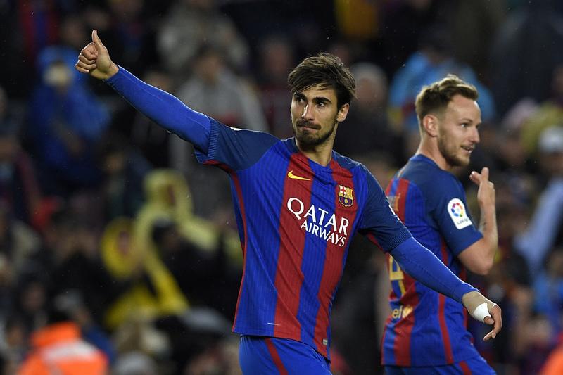 André Gomes cala críticos com um bis nos 7-1 do Barça. Messi também bisou