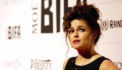 """The Crown"": Helena Bonham Carter contratou medium para conversar com a princesa Margarida"